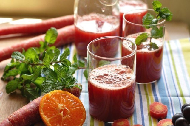 Detox with Natural Juices